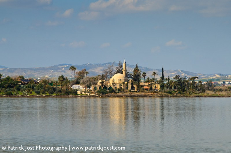 The Hala Sultan Tekkesi Mosque at the Aliki salt lake close to Lanarca (Cyprus)