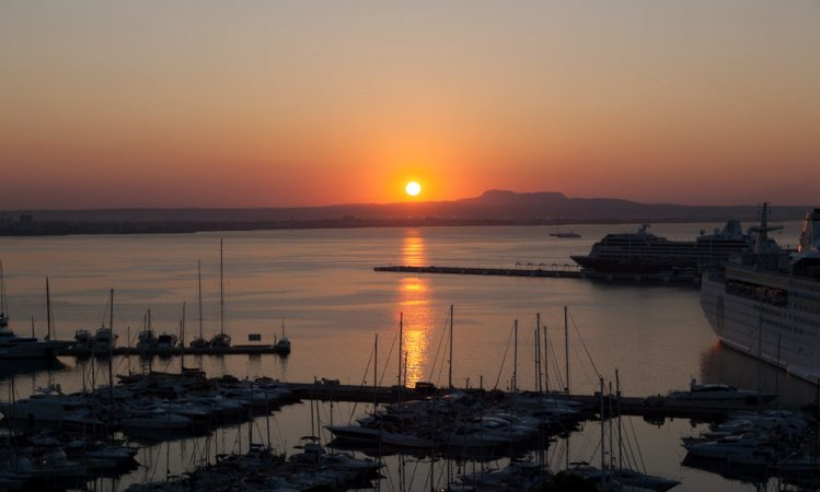 Sunrise in the Port of Palma de Mallorca